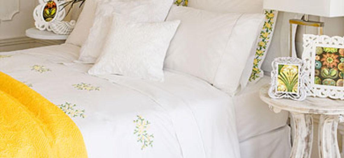 Lựa chọn màu sắc giường ngủ ngày hè