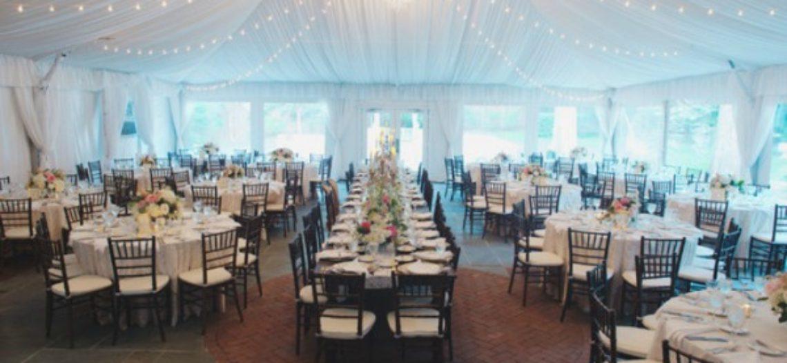 Những kiểu bàn ăn cưới thông dụng