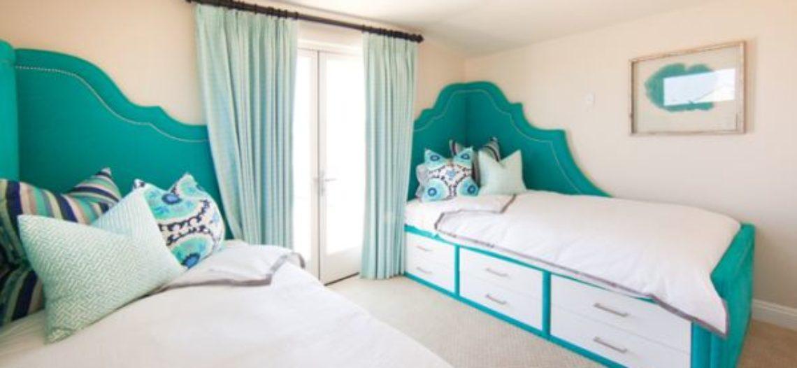 Thiết kế phòng ngủ với sắc ngọc lam chủ đạo