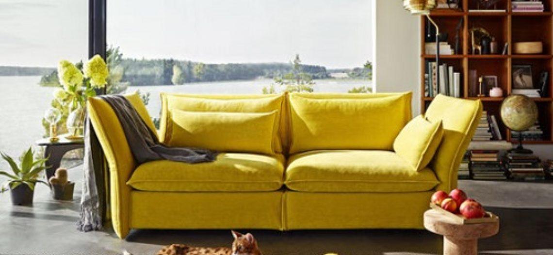 Sofa màu vàng cho không gian phòng khách thêm ấm áp