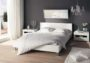 Những mẫu giường ngủ màu trắng đẹp tinh tế mà sang trọng