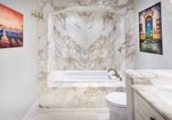 4 lý do sử dụng đá Marble Calacatta trong phòng tắm của bạn
