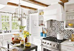 Gạch hoa trang trí sẽ thay đổi không gian phòng bếp của bạn