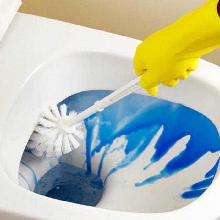 Mẹo tẩy rửa nhà vệ sinh và vệ sinh bồn cầu sạch sẽ 100% 2