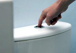 Nguyên nhân bồn cầu xả nước yếu và cách khắc phục