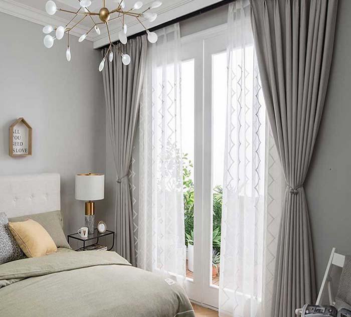 Thiết kế phòng ngủ đẹp với rèm cửa