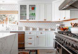 Những mẹo trang trí gạch bông ốp bếp đẹp, độc đáo nhất